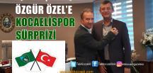 Özgür Özel'e Kocaelispor Rozeti Takıldı