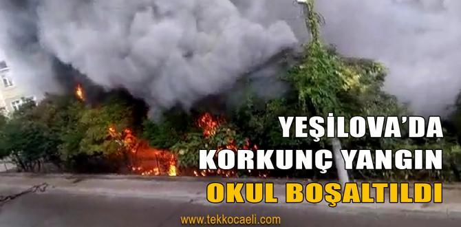 Okulun Bahçesinde Korkutan Yangın