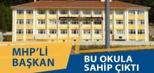 Körfez'deki Okula MHP'li Başkan Sahip Çıktı