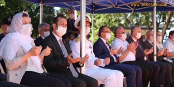 Kuran-ı Kerim Okundu, Şehitliğe Karanfil Bırakıldı