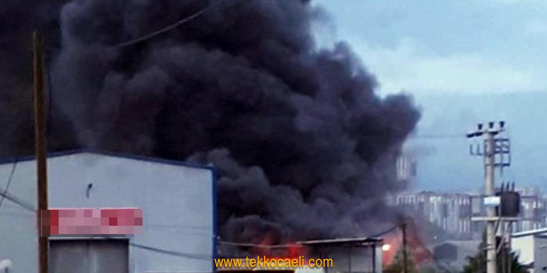 Fabrikada Korkutan Yangın