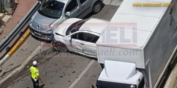 İzmit'te Feci Kaza; 7 Araç Birbirine Girdi