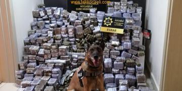 Emniyet'ten Depoya Uyuşturucu Baskını
