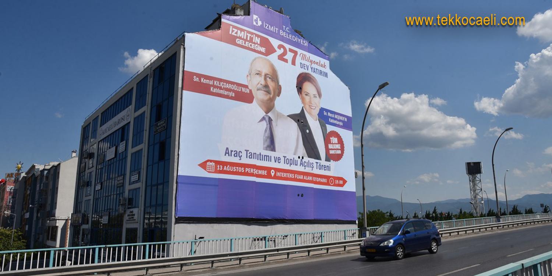 Kılıçdaroğlu ve Akşener'in Dev Afişi En Güzel Yerde