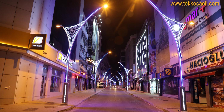İzmit Alemdar Caddesi Işıl Işıl Oldu