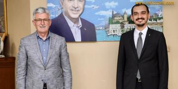 Ak Parti İzmit'te Ali Güney'le Devam Kararı Aldı