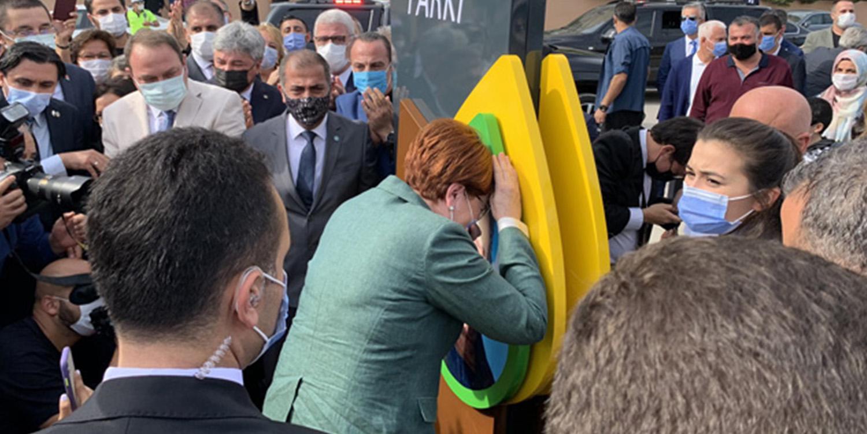 Meral Akşener Hüngür Hüngür Ağladı