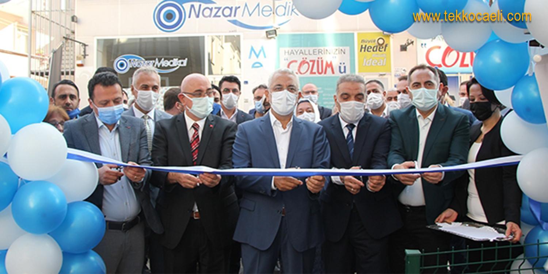 Deva Partisi Gölcük İlçe Binası Açıldı