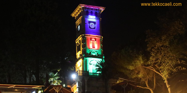 İzmit Saat Kulesi, Azerbaycan Bayrağı Renklerine Büründü