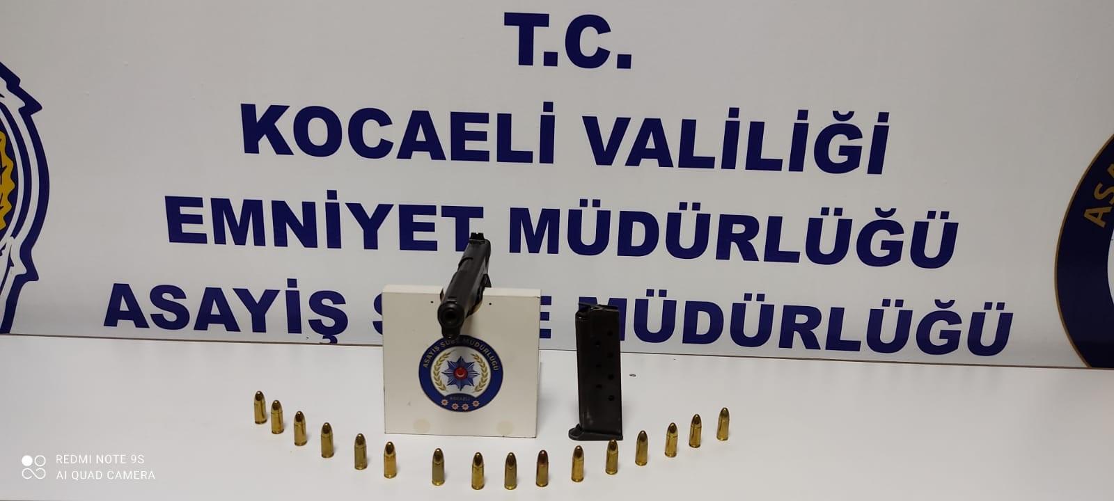 Kocaeli Polisinden Adrese Baskın
