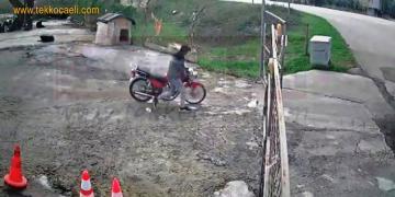 Çaldığı Motosikleti Satarken Yakalandı