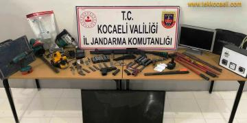 Gebze'de Eve Jandarma Baskını