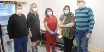 KOÜ Hastanesi'nde Gönüllülere Çin Aşısı Uygulanıyor