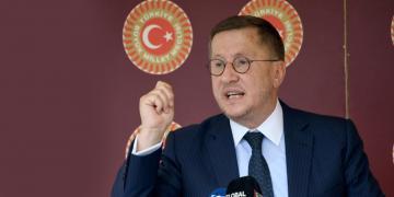 Lütfü Türkkan'dan Hükümete Gönderme