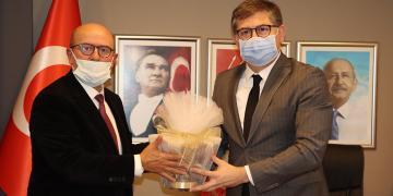 Alaaddin Sarı ve Yönetiminden CHP'ye Ziyaret