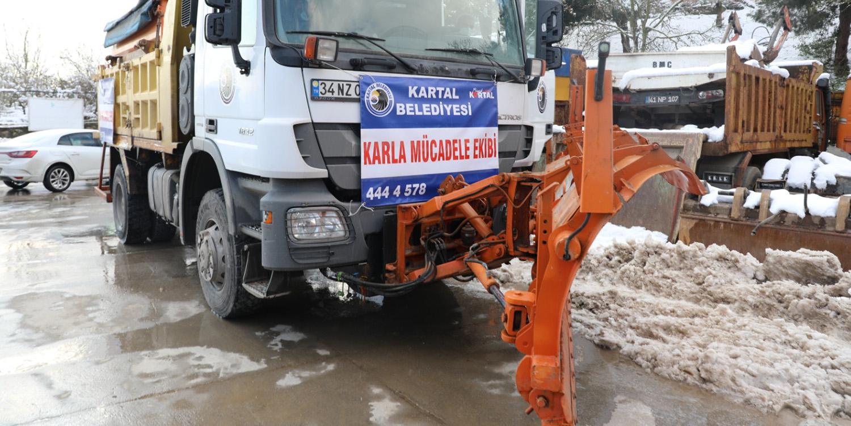 İstanbul'dan İzmit Belediyesi'ne Kar Robotu Desteği
