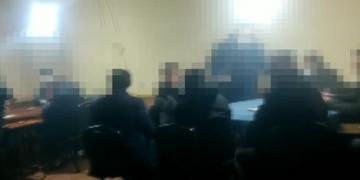 İzmit'te Kahvehaneye Polis Baskını