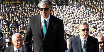 Siyasetin Ateşi Yükseldi; Abdullah Gül'e Flaş Çağrı
