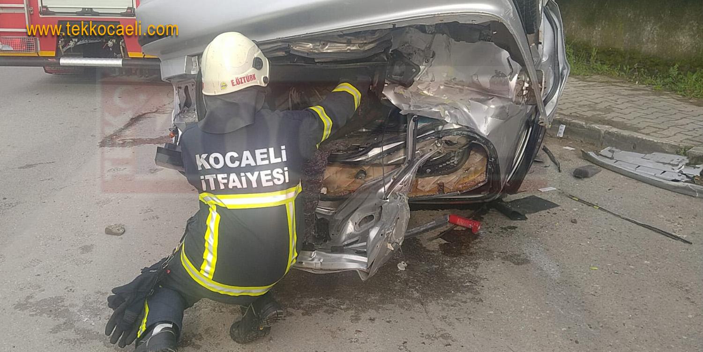 Gölcük'te Kaza; 5 Yaralı