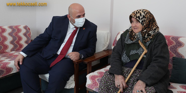 İzmit Belediyesi, 106 Yaşındaki Şaziment Çökren'i Unutmadı