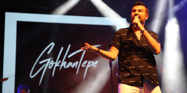 Türk Pop Müziğinin Sevilen İsmi Karamürsel'i Salladı