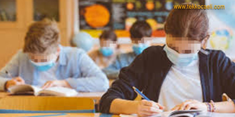 Okullar Kapanıyor mu? Bakan'dan Flaş Açıklama