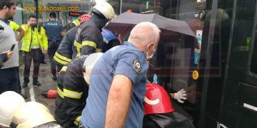 Aniden Düşen Kadın Ayağını Tramvaya Kaptırdı