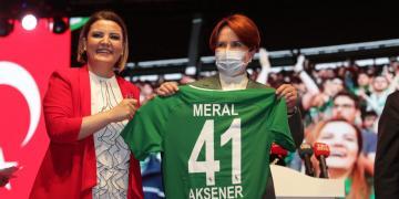 İzmit Belediyesi'nin Açılışına Meral Akşener Geliyor