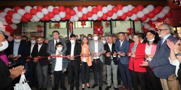 İzmit'te Çınar Halk Market Açıldı