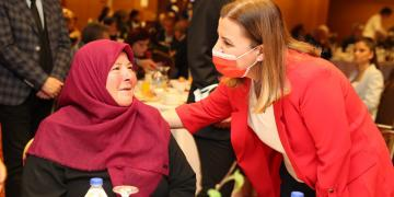 Hürriyet, İzmit'teki Muhtarlar ve Aileleriyle Bir Araya Geldi