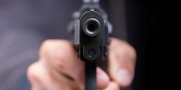 Babasının Silahıyla Oynarken Kardeşini Öldürdü