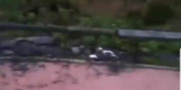 Suadiye'de Otobüs Durağı Ateşe verildi
